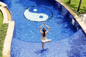 yin-yang-swimming-pool.jpg