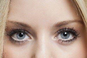 face-reading-eyebrows.jpg