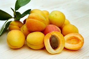 apricot-fruit-feng-shui-placement.jpg