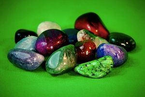 gemstones-for-anxiety-healing.jpg
