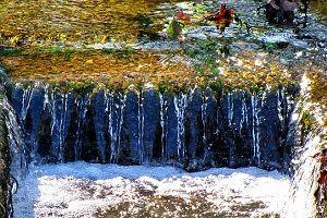 water-floweing-down.jpg